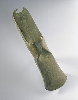 Haches en bronze © Musée Nationale de la Préhistoire